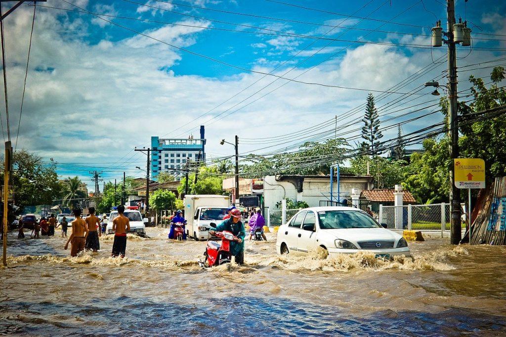 洪水の起きた街